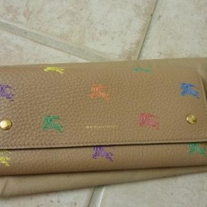 [[Burberry]] 'Hollee' Leather Logo Pattern Wallet